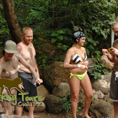 group mud bath and hot spring