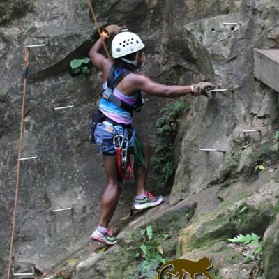 girl guachipelin climbing