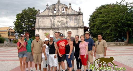 grupo monkey church nicoya