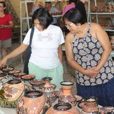 pottery shoping guaitil