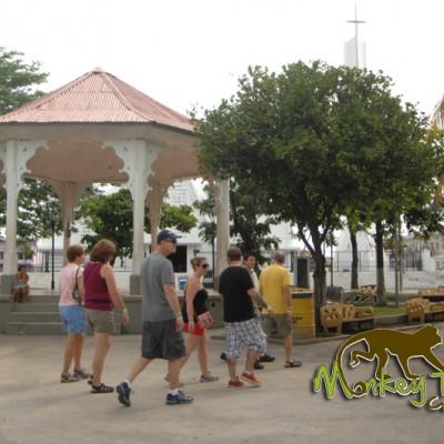 Granada Town tour, shopping time
