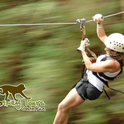 Feel the adrenaline in the canopy tour in Costa Rica with Monkey Tours