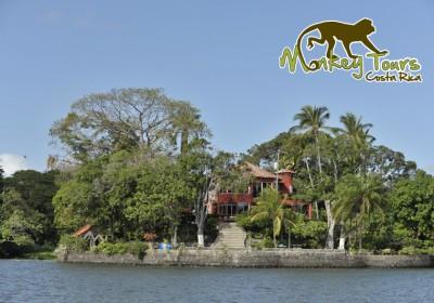 Nicaraguan lake mini islands