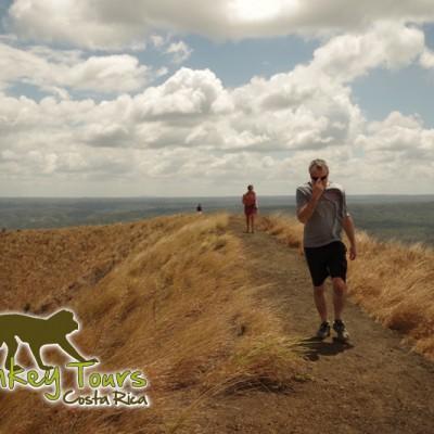 hiking nicaragua volcano
