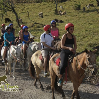 Horseback riding in the amazing mountain of Rincon de la Vieja