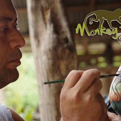 amazin pottery artist in guaitil