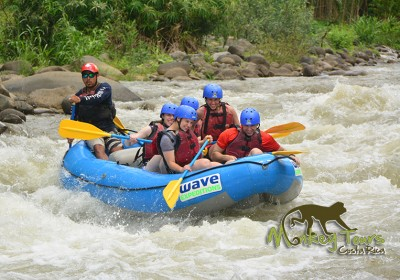 white water rafting tour with Costa Rica monkey tours
