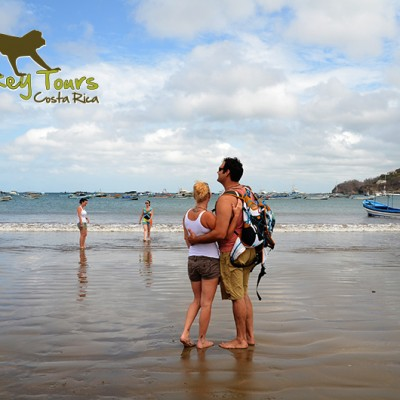 Couple visiting the beach of San Juan del Sur in Nicaragua on the Costa Rica Nicaragua Adventure Tour