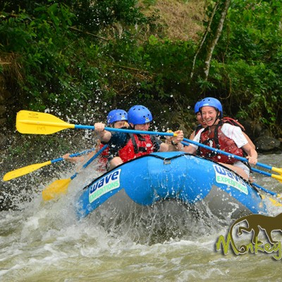 Having fun down the river with good rafting in Costa Rica