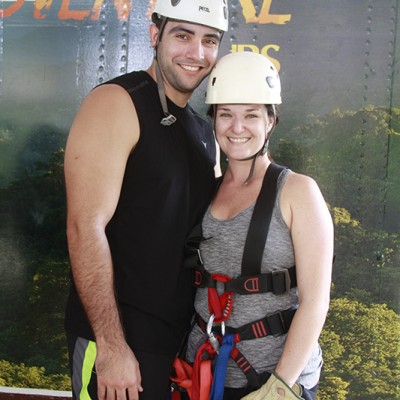 Aventure tour zipline couple