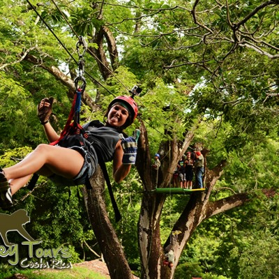 Ziplining jungle Rincon de la Vieja Costa Rica